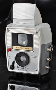 Unusual  WHITEHOUSE  'Beacon Reflex'  Double-lens Reflex Camera.