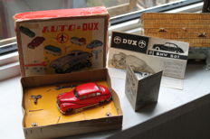 DUX, Western Germany - Length 11 cm - plastic / tin car Dux BMW 501 No. 60E with clockwork motor, 1950s