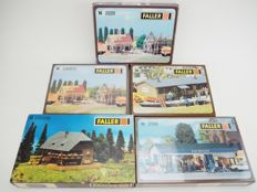 Faller N - 2187/222186/232256/232223 - A lot with five unbuilt buildings