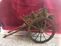Ancient Sicilian cart handcrafted in wood and hand-painted - Italy -1950s