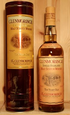 Glenmorangie Ten years old, Single Highland Malt Scotch Whisky 70cl, 40%Alc, Old Style/ incl. Metal Box