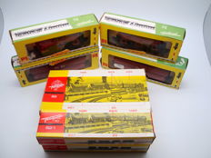 Fleischmann H0 - 82 / 82/1 / 1486 / 1489 - Complete vintage hopper wagon unloading system and 4x hopper wagons