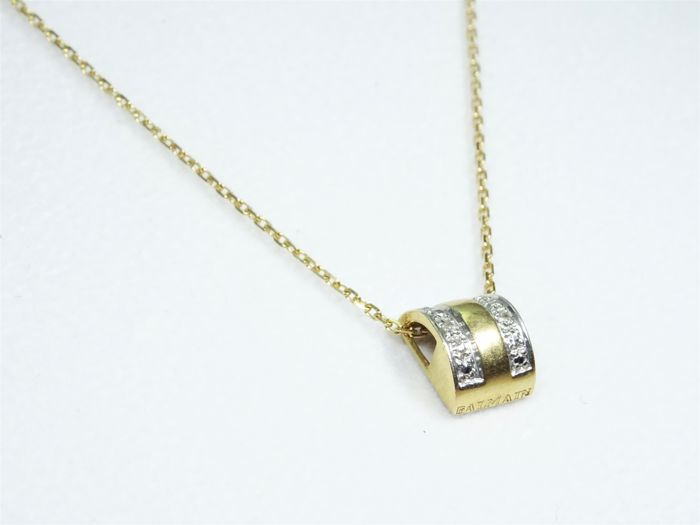 18 kt Gold Pendant Balmain with Diamonds & Gold Necklace