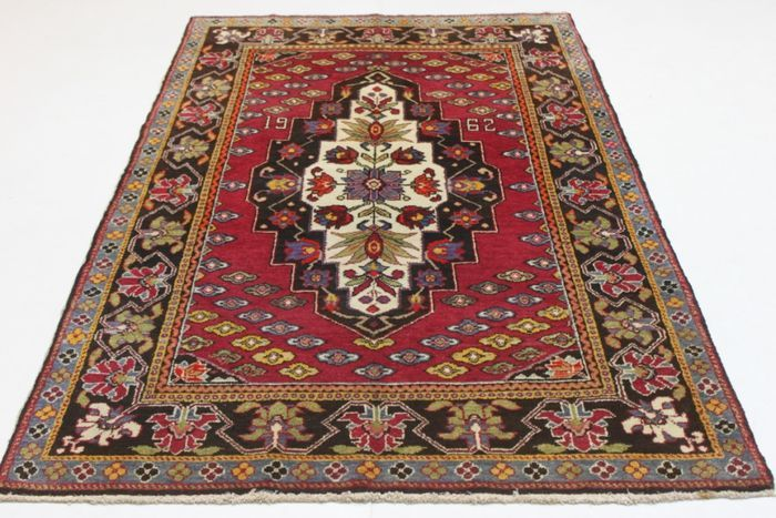 Exceptional, rare semi-antique Russian rug, 205 x 135, hand-knotted