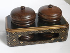 A fine lacquered stand with two hardwood tea caddies - Japan - ca. 1900 (Meji period)