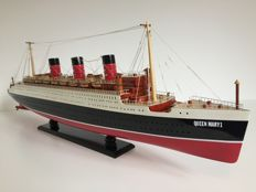 Queen Mary 1 model 80cm