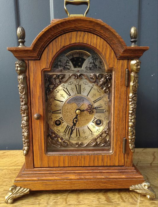 Wuba Warmink oak bracket clock / table clock - late 20th century