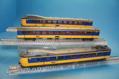 "Märklin H0 - 37421 - 3-piece train set ""Koploper"" 4200 series of the Nederlandse Spoorwegen"