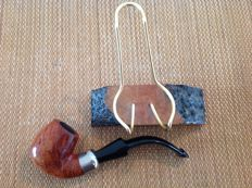 "Savinelli ""Dry System"", straight grained briar, suitable for 6 mm filters.....Briar & Brass pipe stand, nice!!"