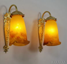 Muller Freres - pair of Art Deco wall lights / wall sconces - bronze and coloured glass