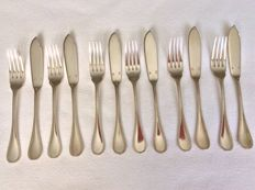 Six people fish cutlery Christofle France Perles, 1960
