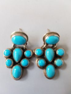 Navajo earrings with turquoise (sleeping beauty) - handmade by master Geneva - never worn
