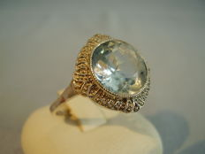 Art nouveau ring with light blue spinel 5.5 ct signed