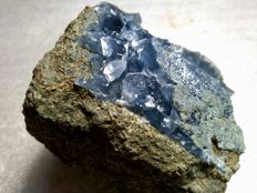 Large deep Blue Quartz crystals - 50 x 50 x 45 mm - 125 gm