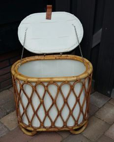 Manufacturer unknown - vintage rattan basket