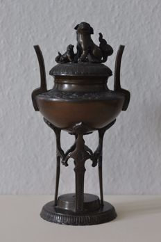 Bronze incense burner - China - late 19th/early 20th century