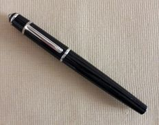 Cartier Diablo Fountain Pen black and silver 18 Ka. White Gold Nib 0,750