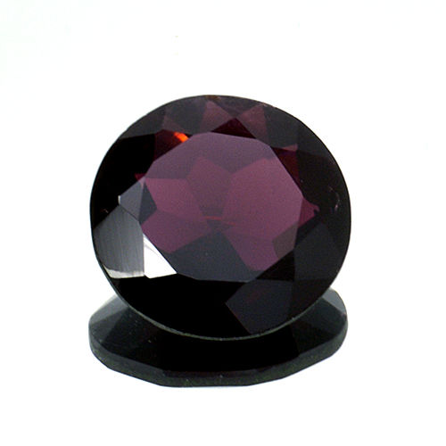 Red garnet – 9.26 ct – No reserve price