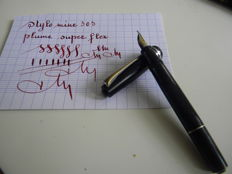Superb Stylomine 303 Fountain Pen from the 50's