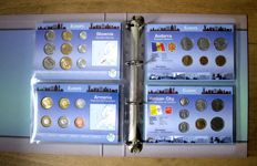 Europe - Coin packs 'Coins of the World' (18 different sets) in album