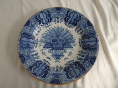 Tichelaar - Large wall plate with floral decor