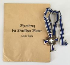 Cross of Honour of the German Mother in bronze - Philip Turks, Vienna