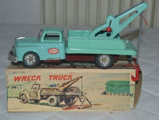 "S.S.S., Japan - L. 19 cm - ""Wreck Truck"" made of tin with clutch, 1950s"