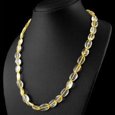 Citrine necklace with 18 kt (750/1000) gold, length 50cm.