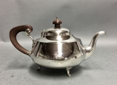Silver plated tea pot with brown wooden handle and knob, Sheffield, England, ca 1900