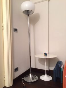 Guzzini attr. - Floor lamp tulip metal and plastic.