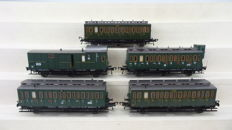 Fleischmann H0 - 5693/5094/5092/5095 - 5 Coupe carriages and 1 baggage carriage of the DRG/SNCF