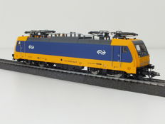 Märklin/H0 - 36622 - Electric locomotive of the NS series 186 (TRAXX) - Full sound