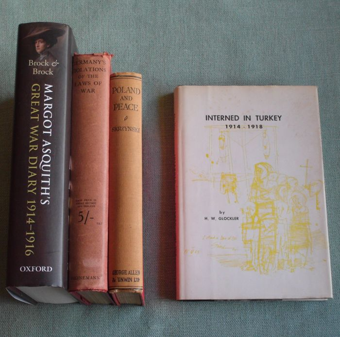Lot of 4 books about WW1 with with contemporary accounts and reports – 1915/2014