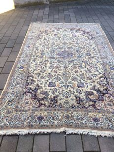 Persian Nain carpet -- 370 × 223 (approx.)