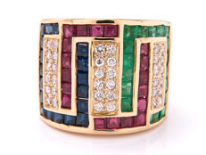 Gold diamond entourage ring with diamond, sapphire, ruby and emerald - 4.42 carat. 