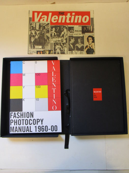 Franca Sozzani - Valentino: The Valentino, Fashion Photocopy Manual 1960-00/ Valentino's Red Book - 2000