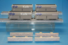 Märklin H0 - 46242 - 2 sets each with 2 pieces 4 axle self discharging wagons of the NS for lime transport