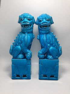 Two - Large - turquoise blue foo dogs - China - Second half 20th century