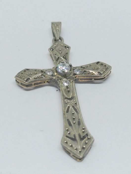 cross in 9 kt yellow gold, late 19th-early 20th century, with sapphires