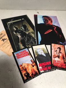 Horror Lot 1x autographed photo Texas Chainsaw Massacre - Photo Friday the 13th + 3 promo cards