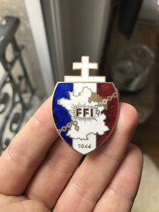 Badge FFI region C Alsace - Lorraine 1944 regimental number