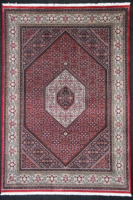 Beautiful Bidjar rug, soft colours