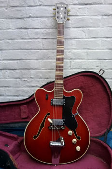 Original HOFNER 4574 Verithin 1965/67 cherry red + hardcase