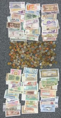 World - batch of various coins (approx. 400 pieces) plus a 100 banknotes