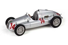 "CMC - Scale1/18 - Auto Union Typ D 1938/39 Start-No. 14 - Limited 1500 pieces. - GP Frankreich, Georg ""Schorsch"" Meier 1939 Doppelsieg 2nd Place"