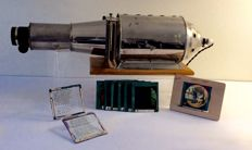 Torpedo model magic lantern of iron/tin with well-working projection lamp and series of slide pictures (the lost son or daughter, origin England