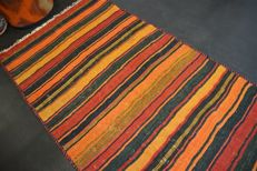Handwoven vintage carpet KURDISTAN nomad Kilim Kelim antique approx. 197 x 93 cm in good condition Iran
