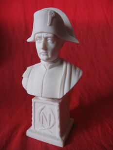 Beautiful Napoleon biscuit signed I.Giusti - 20th century - France