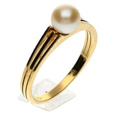 Geelgouden ring met zoetwater  Parel 6.4 mm