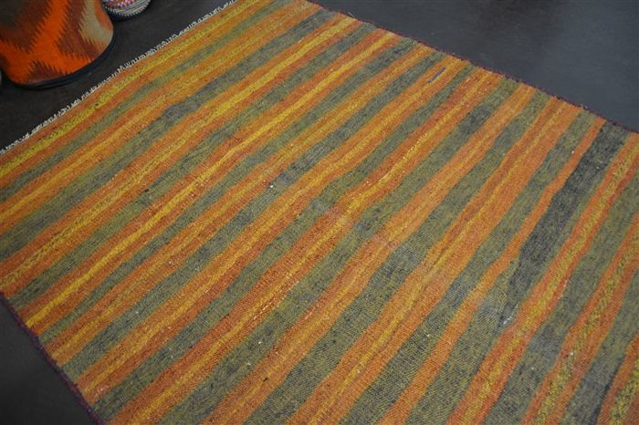 Handwoven vintage carpet KURDISTAN nomad Kilim antique approx. 205 x 130cm in good condition Iran